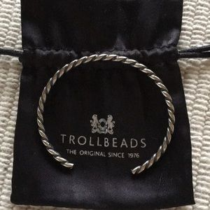Trollbeads sterling silver twisted bangle